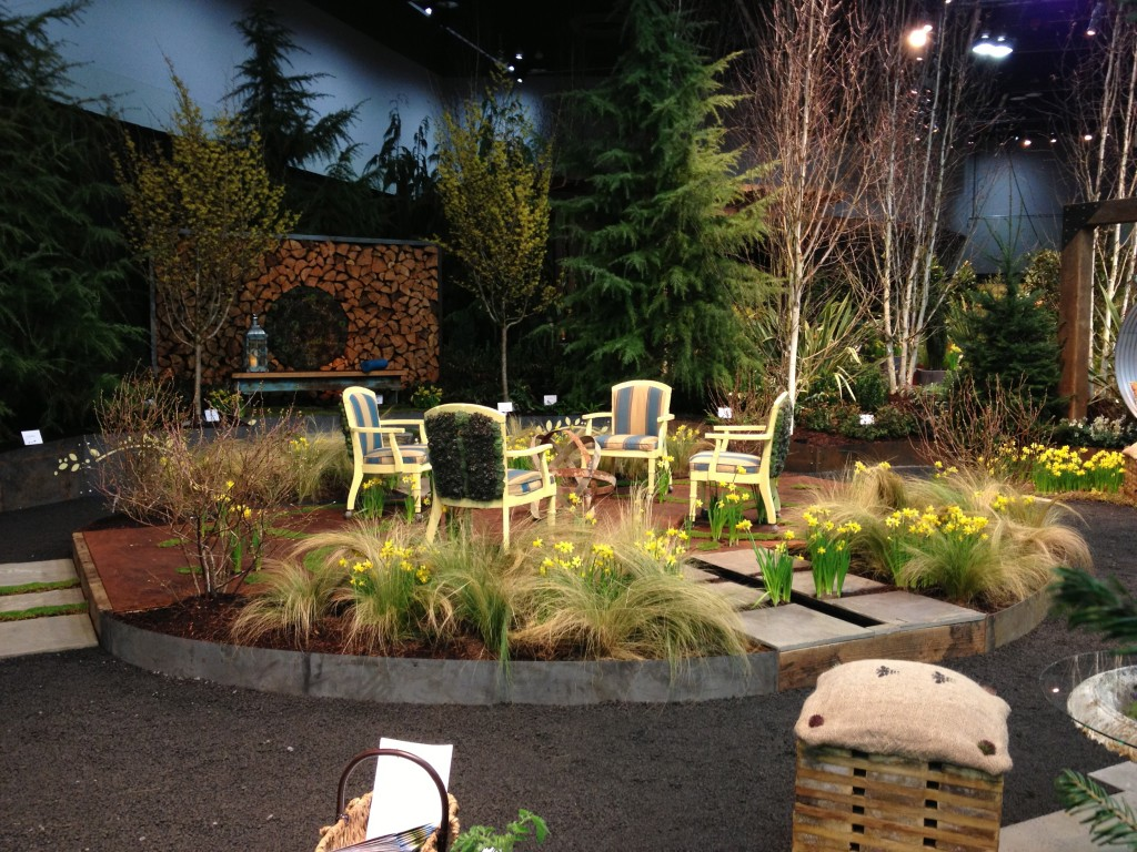 Backyard Landscaping Shows : Showcase garden display yard patio show red